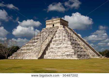 Chichen Itza - El Castillo (Temple of Kukulkan) Near Cancun