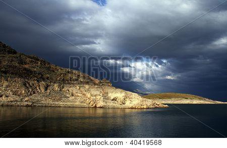 Lago en Talas