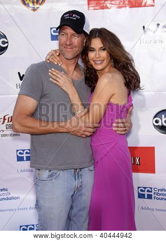 LOS ANGELES - APR 21:  JAMES DENTON & TERI HATCHER Band From TV's 2nd Annual Block Party On Wisteria Lane  on April 21, 2012 in Hollywood, CA