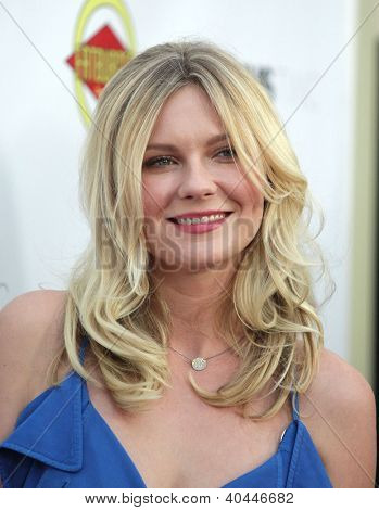 "LOS ANGELES - AUG 23:  Kirsten Dunst ""Bachelorette"" Los Angeles Premiere  on August 23, 2012 in Hollywood, CA"