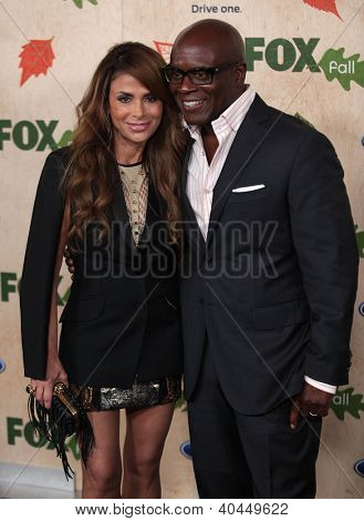 LOS ANGELES - AUG 12:  Paula Abdul & LA Reid arriving to FOX Fall Eco-Casino Party 2011  on August 12, 2011 in Culver City, CA