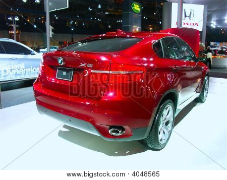 Bmw X6 On Display