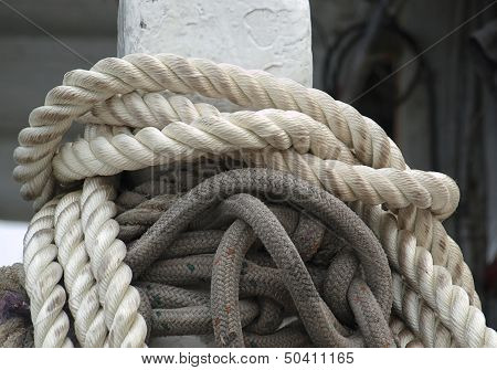 Mooring Post With Thick Ropes