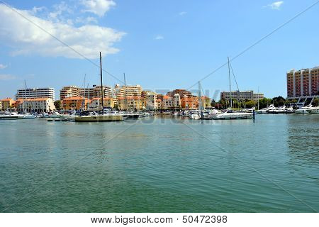 Motor Boats In Vilamoura Resort