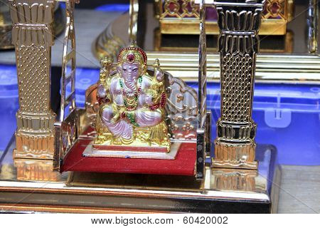 Ganesha Idol On Swing