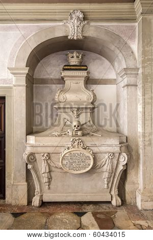 18th Century tomb of Dom Antonio, in the Children of Palhava Chapel. Sao Vicente de Fora Monastery. Very important monument of Lisbon, Portugal
