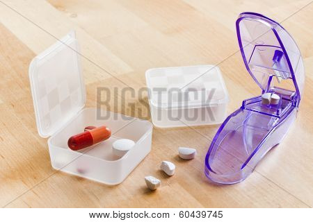 Sorting Out Medication In Pillboxes Using Pillcutter