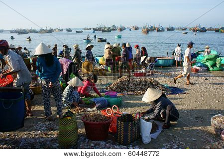 Crowed Atmosphere At Seafood Market On Beach
