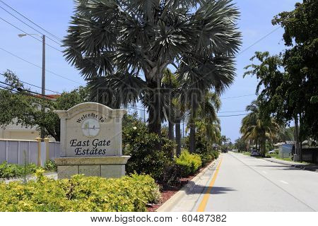 East Gate Estates Welcome Sign