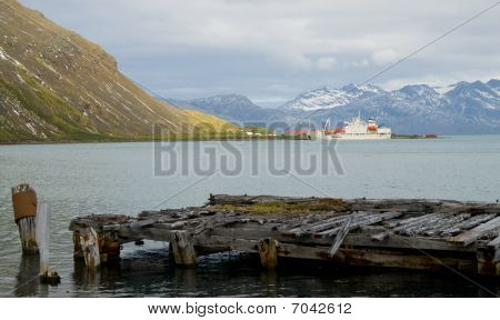 Old Whaler's Pier