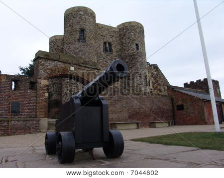 Cannon outside fort in Rye England