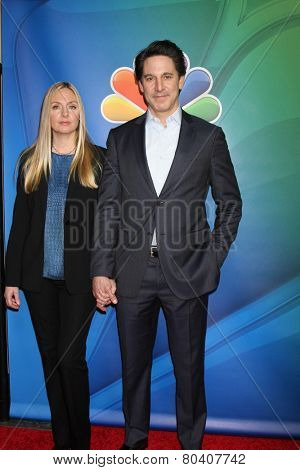 LOS ANGELES - DEC 16:  Hope Davis, Scott Cohen at the NBCUniversal TCA Press Tour at the Huntington Langham Hotel on December 16, 2015 in Pasadena, CA