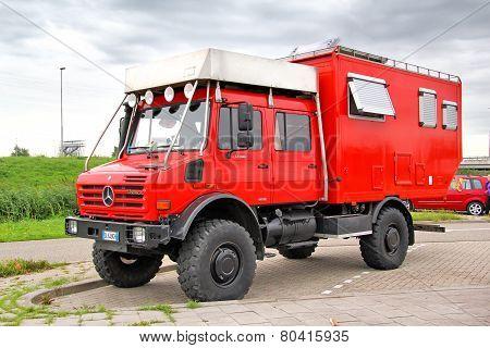 Unimog U4000