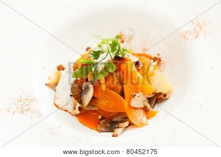 mushrooms with carrot and potatoes