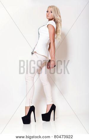Fashion Blonde Girl, High Key Scene