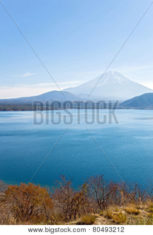 Mountain Fuji fujisan with Motosu lake at Yamanashi Japan