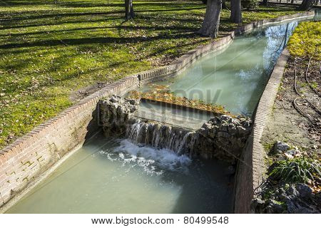 Waterway, Lake in Retiro park, Madrid Spain