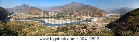 Tamakoshi Nadi River In Nepalese Himalayas