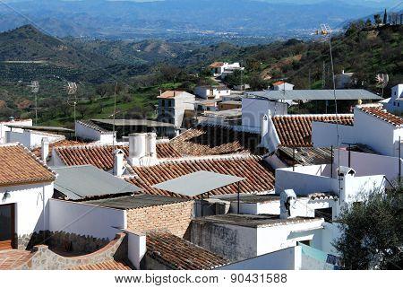 Village rooftops, Guaro.