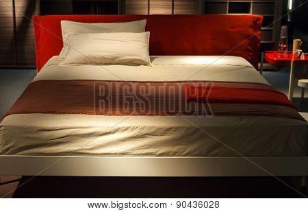 Bed, Ermione - Design By Francesco Bettoni