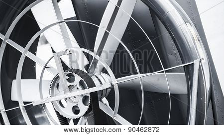 Hovercraft Propeller With Traction Belt, Close Up