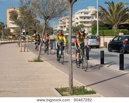 Bicyclists practice