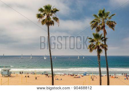 MANHATTAN BEACH, USA - MARCH 26, 2015: People enjoy the beach on March 26, 2015 in Manhattan Beach