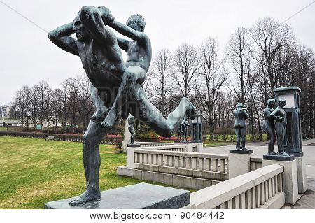 Sculpture Of Man And Child In Vigeland Park Museum