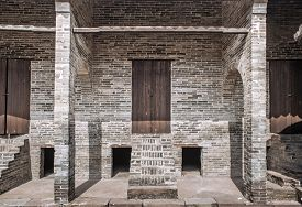 picture of barn house  - old barn house built of bricks in China - JPG