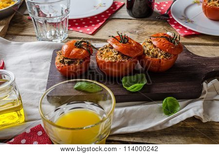 Baked Tomatoes Stuffed With Herbs