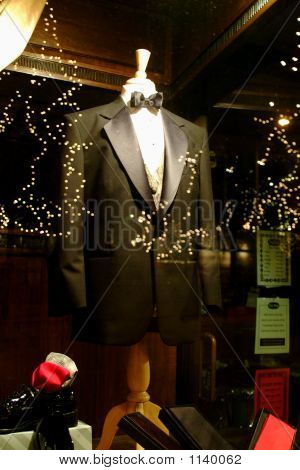 Man'S Dress Suit