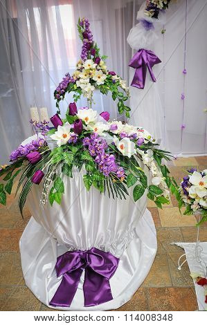 Wedding Decoration In Purple Style Table With Flowers