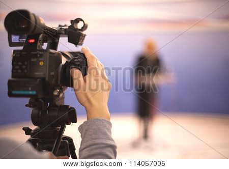 Covering an media event with a video camera