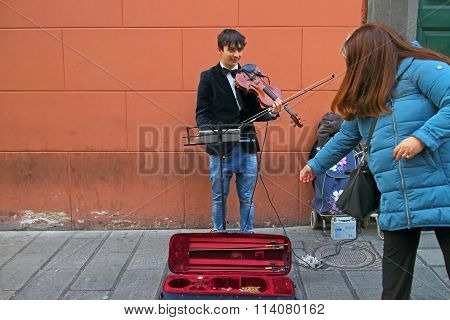 Street Artist, Violinist.