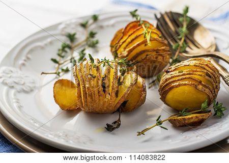 Accordion baked potatoes
