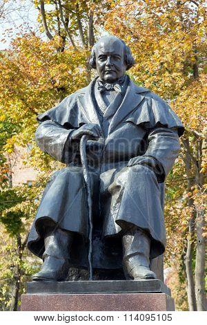 Monument to Mikhail Shchepkin. Belgorod. Russia