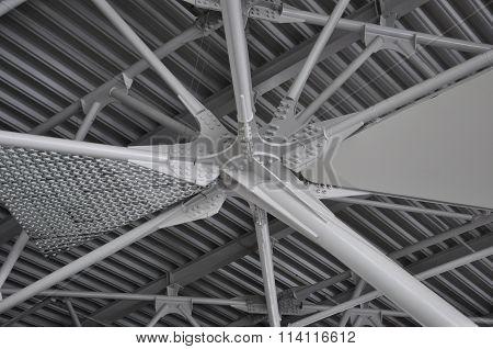 Node metalwork for steel
