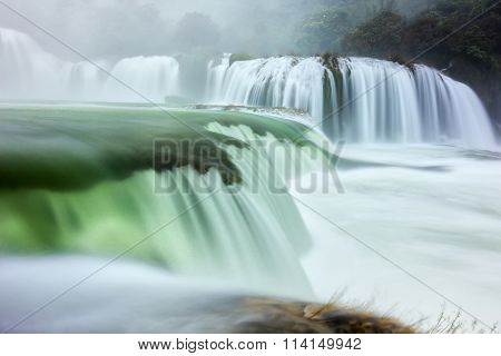 Ban Gioc Waterfall shimmering silk sheet