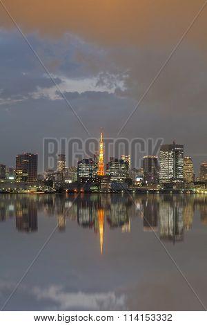 Tokyo city view and Tokyo Tower with reflection