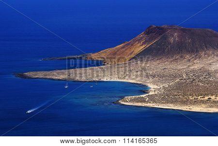 Lanzarote. View of the island of Graciosa from the Mirador del Rio