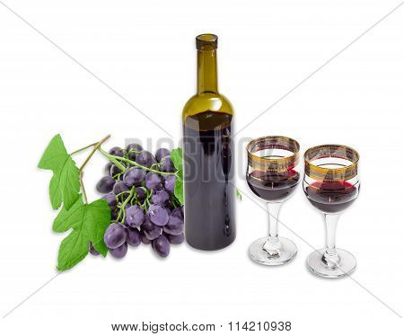Red Wine Against The Backdrop Of Grapes On A Light Background