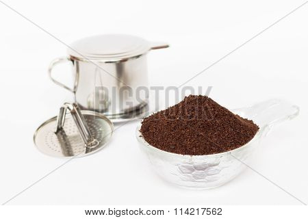Roasted coffee and coffee maker