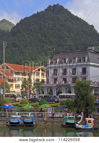 Lakeside view of sapa town