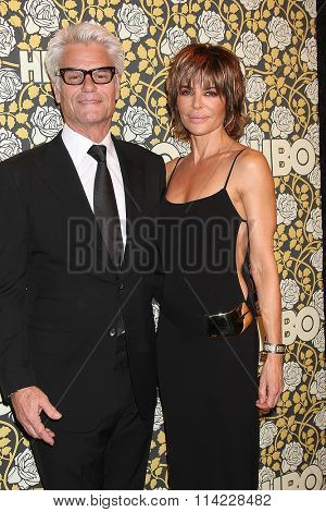LOS ANGELES - JAN 10:  Harry Hamlin, Lisa Rinna at the HBO Golden Globes After Party 2016 at the Beverly Hilton on January 10, 2016 in Beverly Hills, CA
