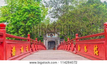 Ngoc Son Temple, The Huc bridge the centenary
