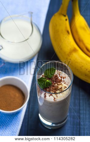 Banana smoothie with chocolate flakes