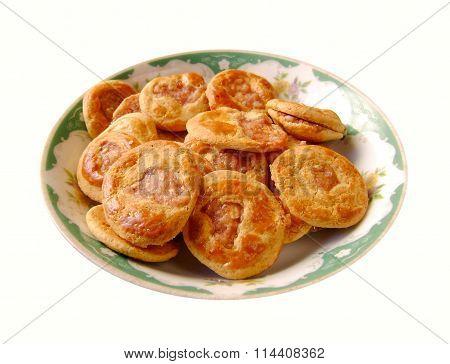 Cantonese baked pork cake snack