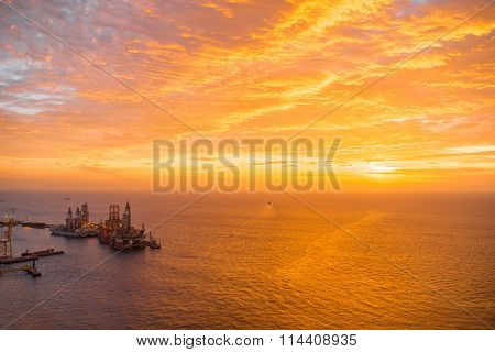 Ocean view on the sunrise