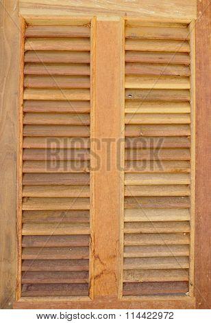 trellis wooden window