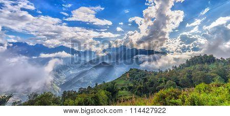 Sun ray panorama atop cloudbase Y Ty, Lao Cao, Vietnam